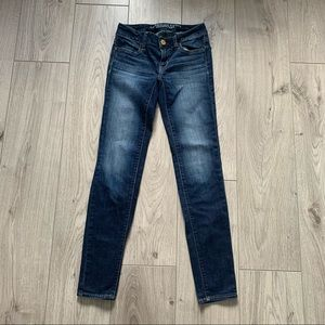 American eagles outfitters blue high rise jeans 00